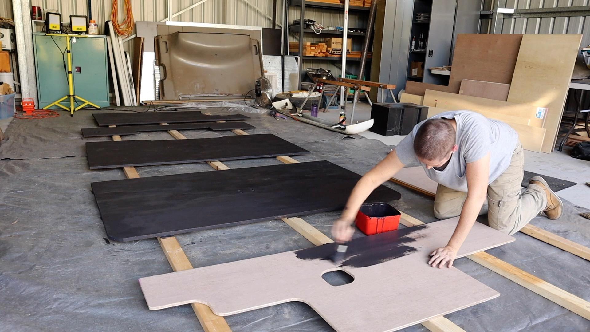 sealing with bitumen paint