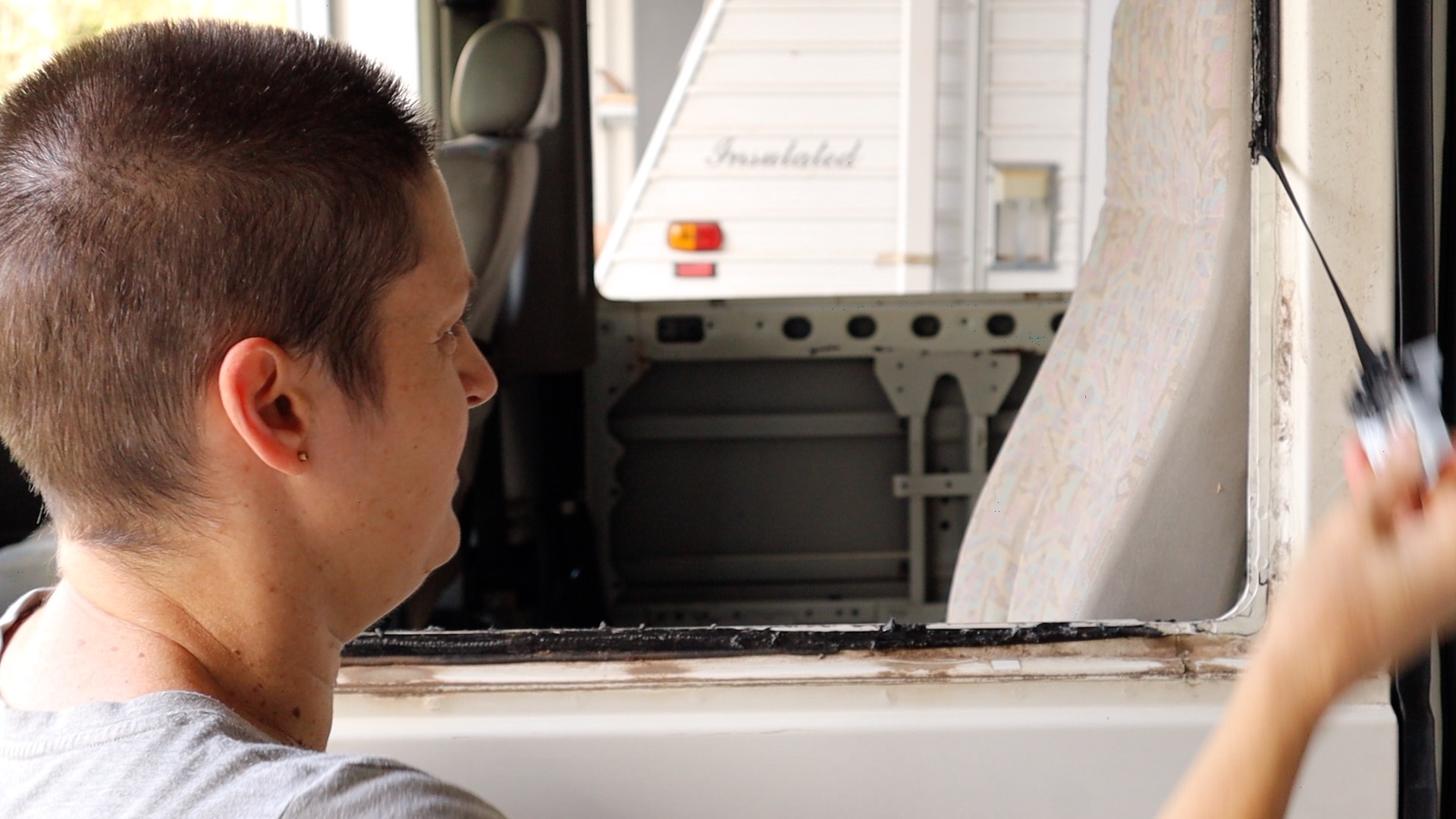 removing mastic from bus windows